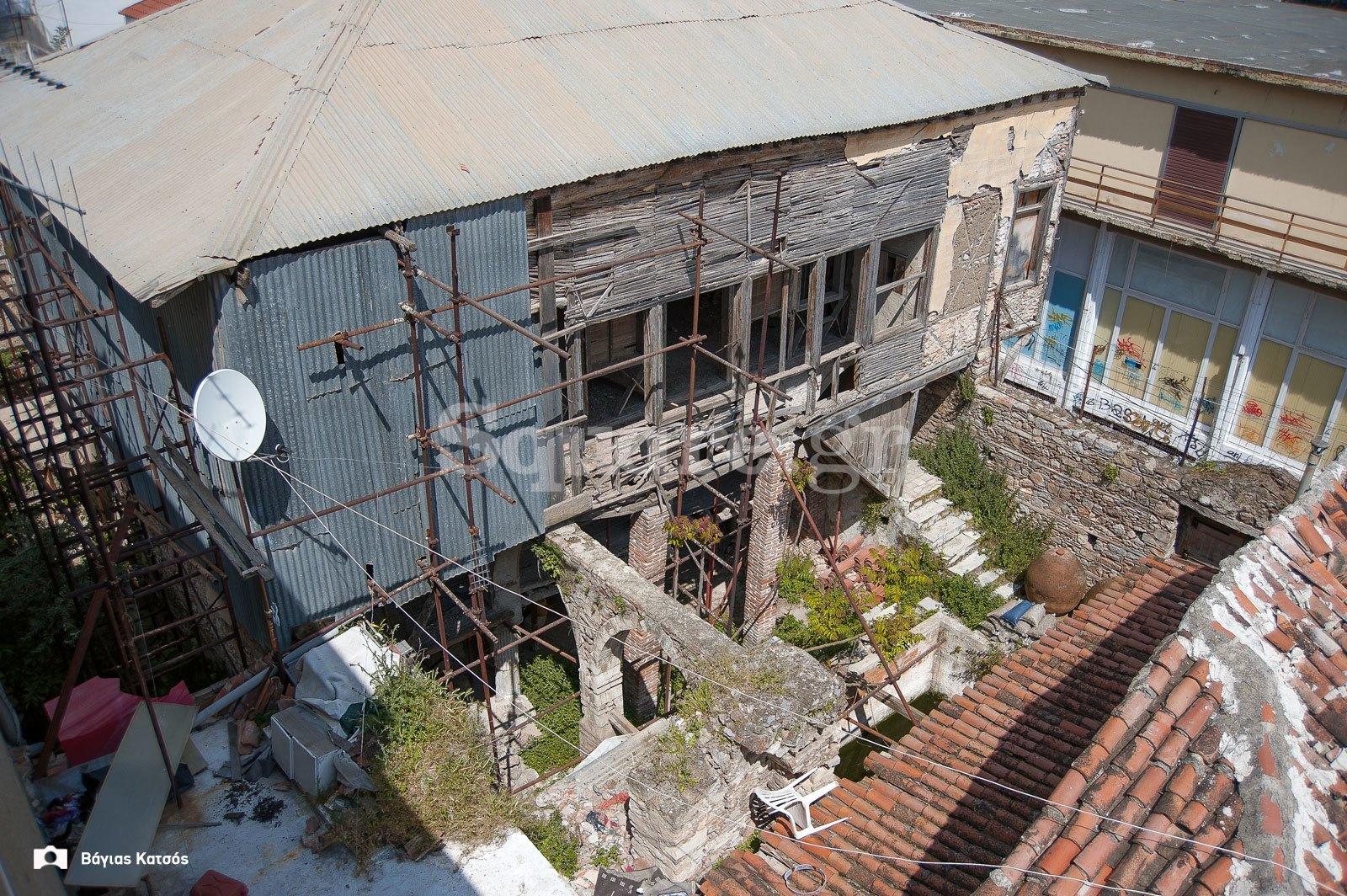 5-Σπίτι-οδού-Παίδων-Χαλκίδα-ετοιμόρροπο-αρχοντικό-Τουρκοκρατίας