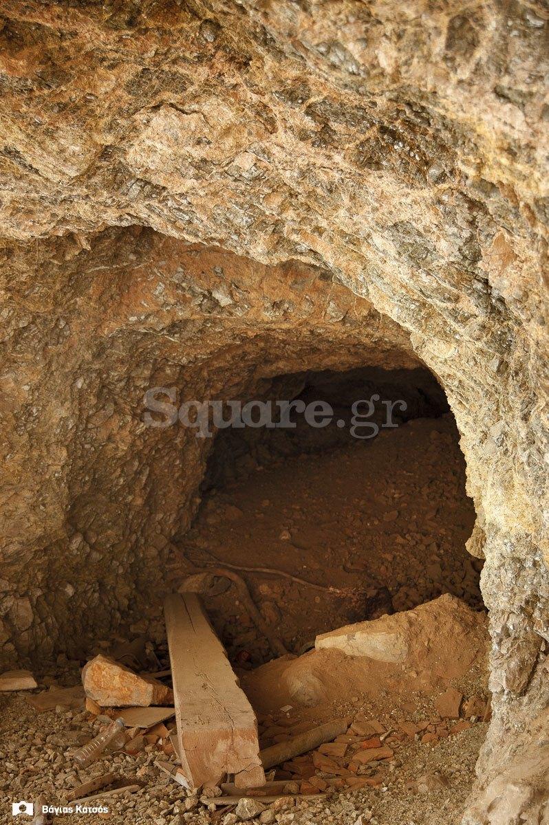 6-Τάφρος-και-μεσαιωνικό-τείχος-της-Χαλκίδας-μέσα-στο-χώρο-της-σχολής-πεζικού-λαγούμι-contra-mina-2