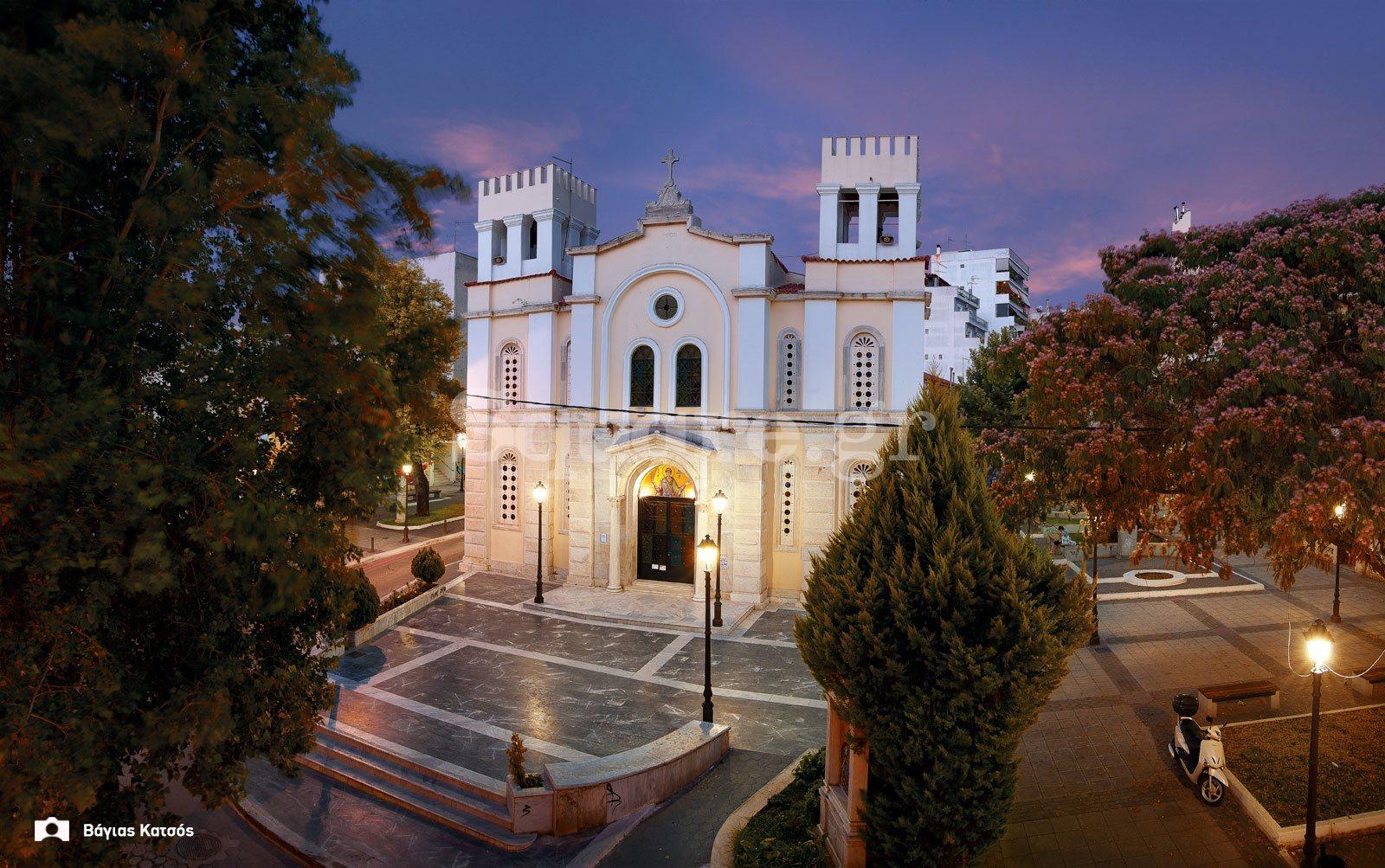 Ιερός-Μητροπολιτικός-Ναός-Αγίου-Δημητρίου-στη-Χαλκίδα-φωτογραφία-Βάγιας-Κατσός