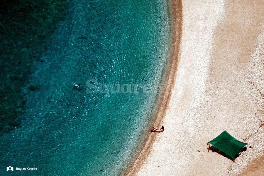 Παραλία-Αγίου-Δημητρίου-στη-νότια-Εύβοια