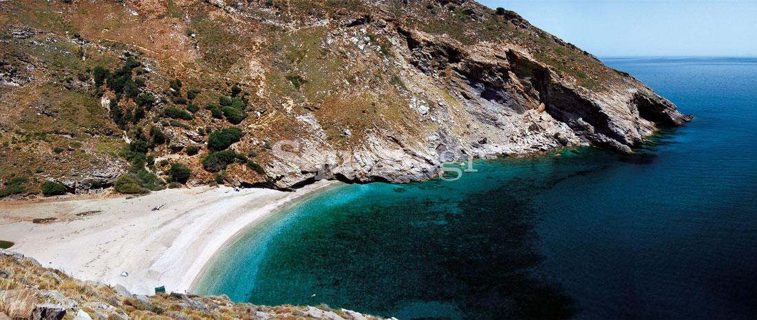 1-Παραλία-Αγίου-Δημητρίου-στη-νότια-Εύβοια