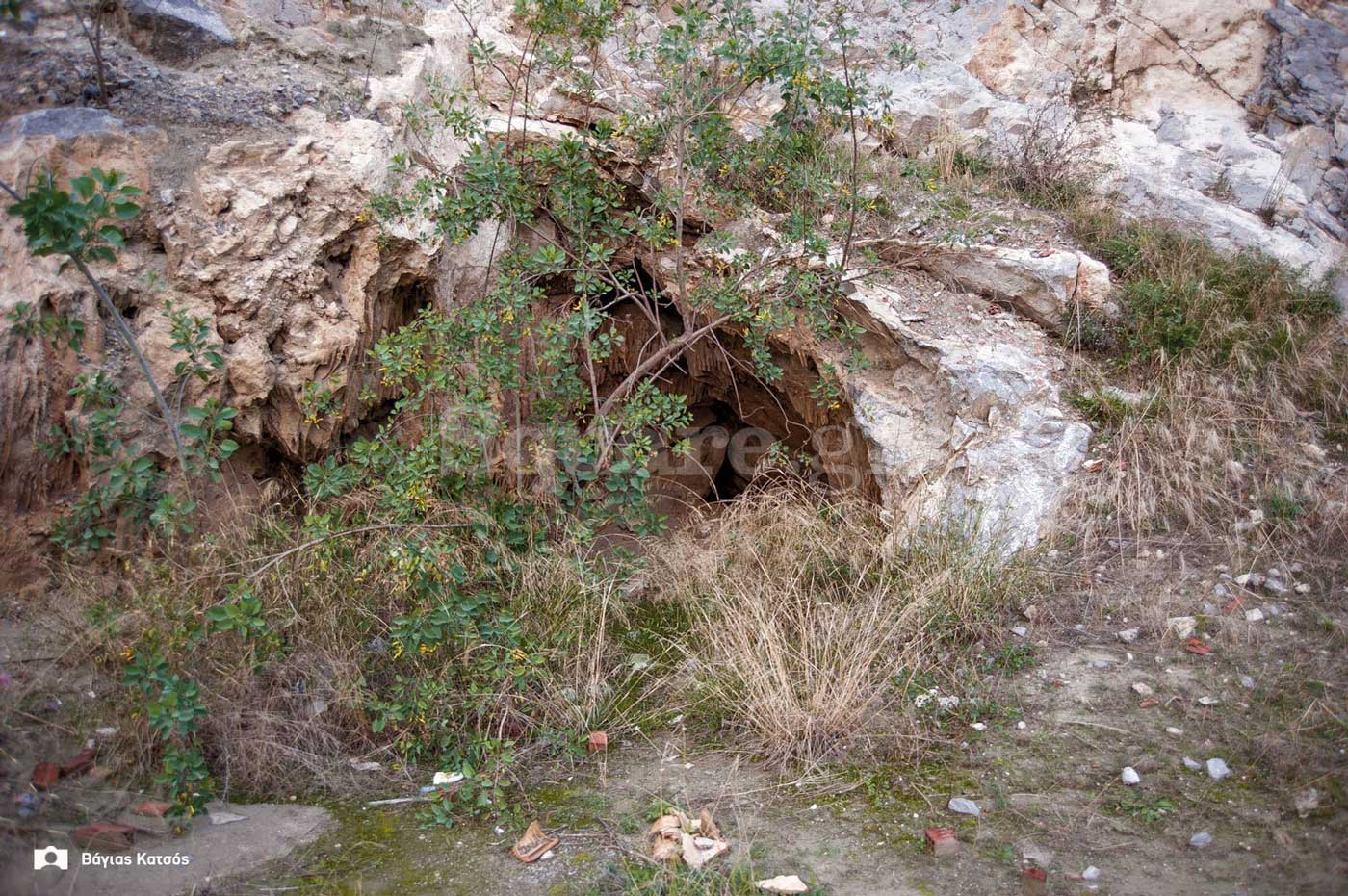1-είσοδος-σπηλαίου-αρέθουσας