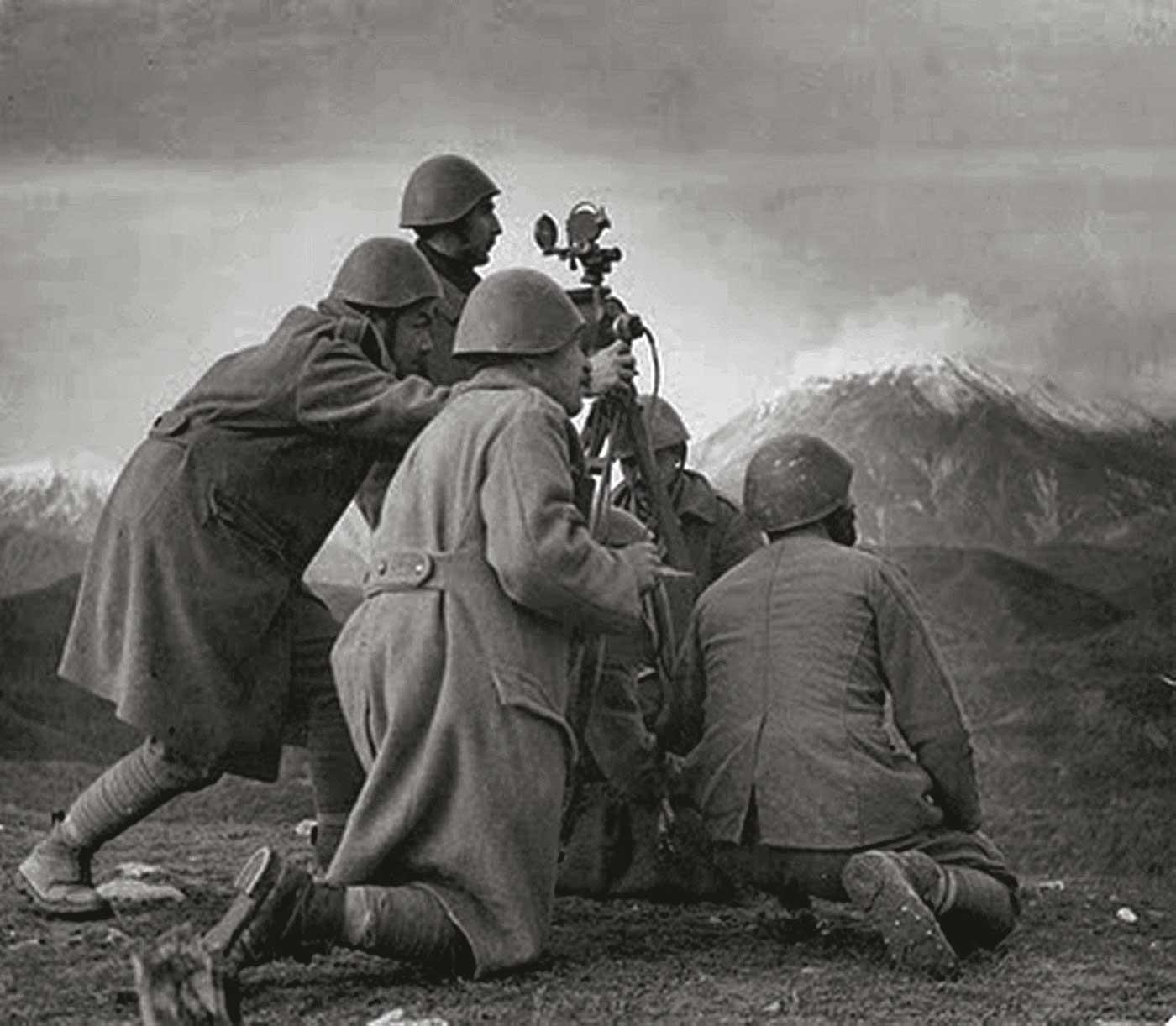 ΚΑΛΠΑΚΙ 1940 Η VIII (ΟΓΔΟΗ) ΜΕΡΑΡΧΙΑ ΣΥΝΤΡΙΒΕΙ ΤΟΥΣ ΙΤΑΛΟΥΣ