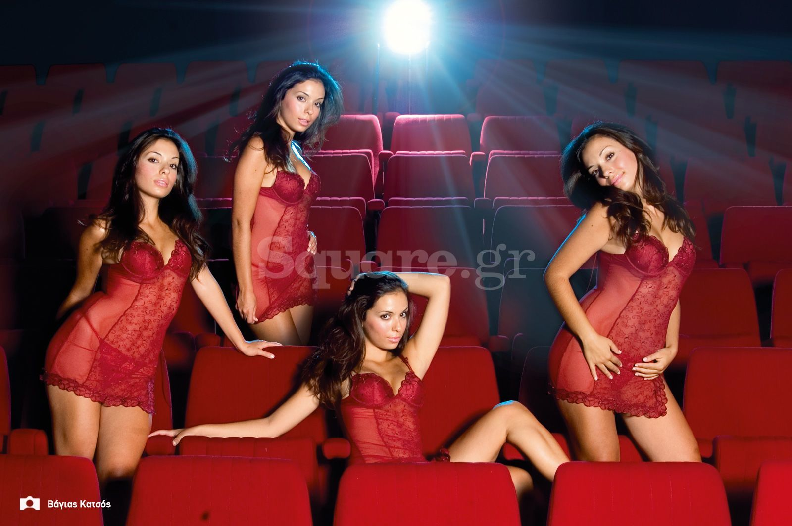 3-Cover-girl-T10-Ζαχαρούλα-Βαλαβάνη-Χαλκίδα