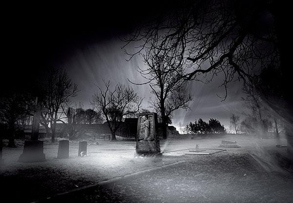 Μεσάνυχτα-η-ώρα-των-νεκρών