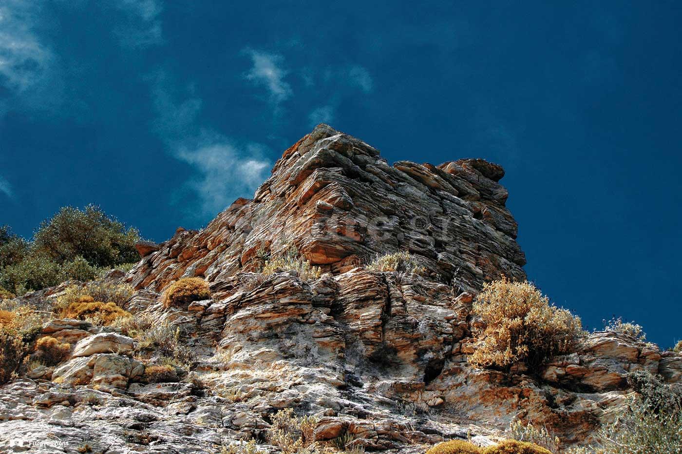 1-Αμυντικός-πύργος-των-ανατολικών-οχυρώσεων-του-κάστρου-της-Φυλάγρας