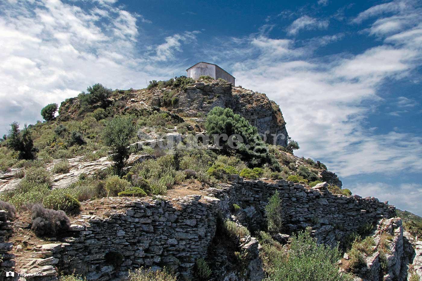 14-Οχυρώσεις-στα-βορειοανατολικά-του-ναού-του-Αγίου-Χαραλάμπους