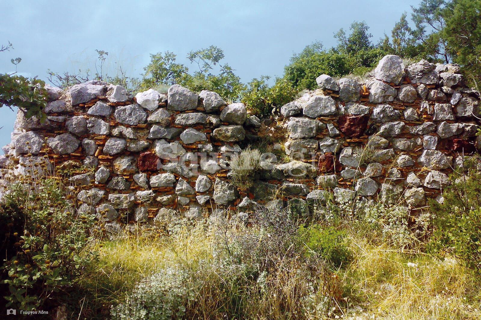 11-Τμήμα-των-νότιων-τειχών-του-κάστρου