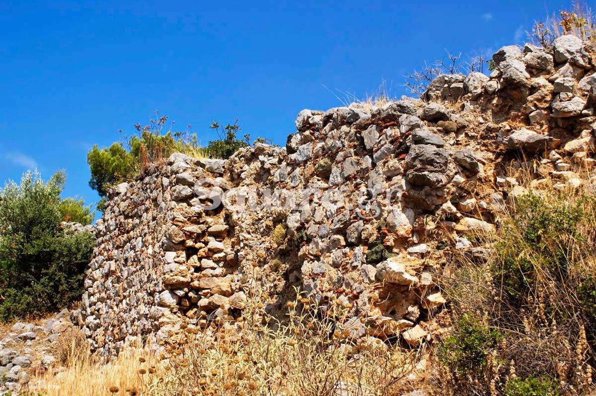 22-Άποψη-του-σωζόμενου-τμήματος-των-νότιων-τειχών