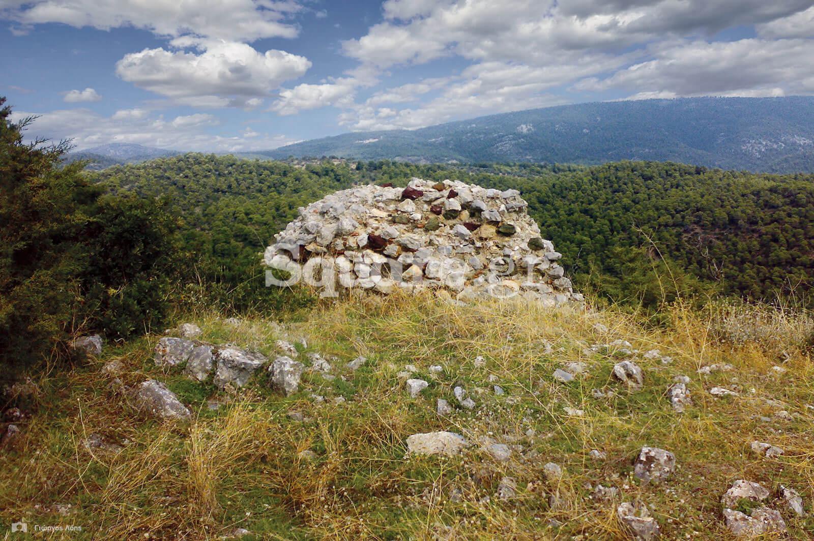 5-Σωζόμενο-τμήμα-των-βόρειων-τειχών-του-κάστρου-των-Ψαχνών