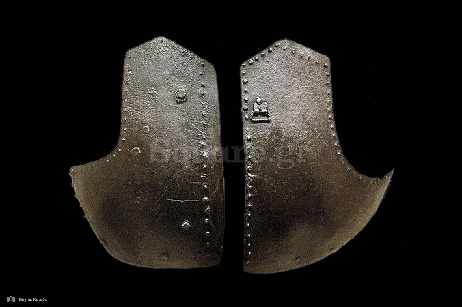 9-Μεταλλικοί-στηθαίοι-ημιθώρακες-(brigandines)-από-την-συλλογή-της-Χαλκίδας