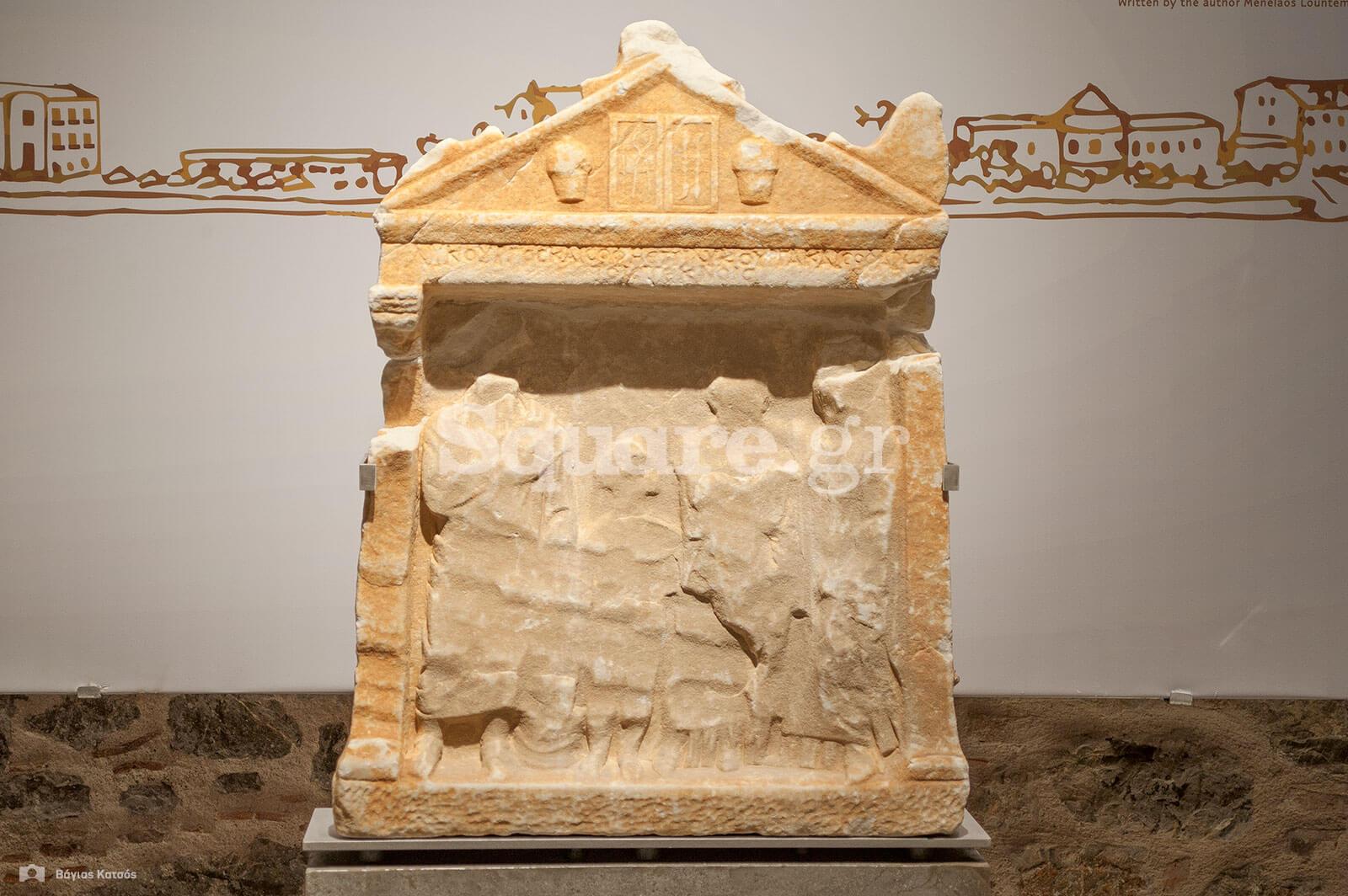 7-Ο γιατρός-Λυκούγος-τάφηκε-στην-Αιδηψό-τον-1ο-αιώνα-π-Χ-Τα-ιατρικά-του-εργαλεία-απεικονίζονται-στη-στήλη-του-τάφου-του