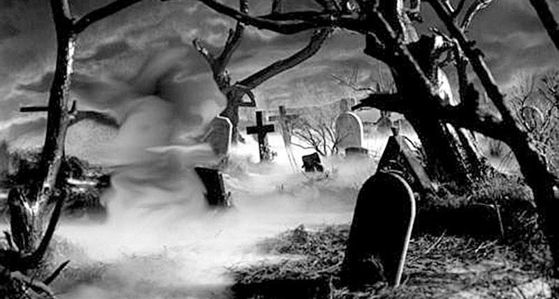 Η-πλάκα-στο-νεκροταφείο-του-Αη-Γιάννη-έγινε-τρομακτική